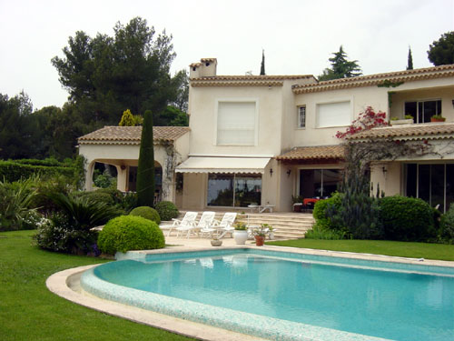 Antibes - Juan Les Pins 5-Bedroom Villa