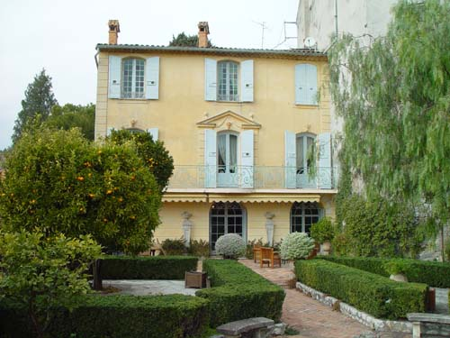 Mougins - St Paul de Vence - Biot area - Biot 4-Bedroom Villa