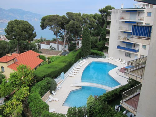 Roquebrune - Cap Martin - Plateau of the Cap 2-Bedroom Apartment - 110M²