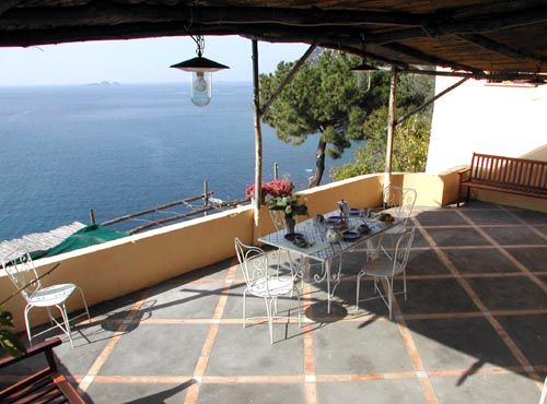 Italy - Positano - Amalfi Coastline 2-Bedroom Apartment